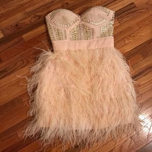 Bebe 1920s pink feather cocktail dress